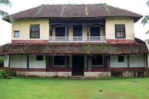 Thola Palace